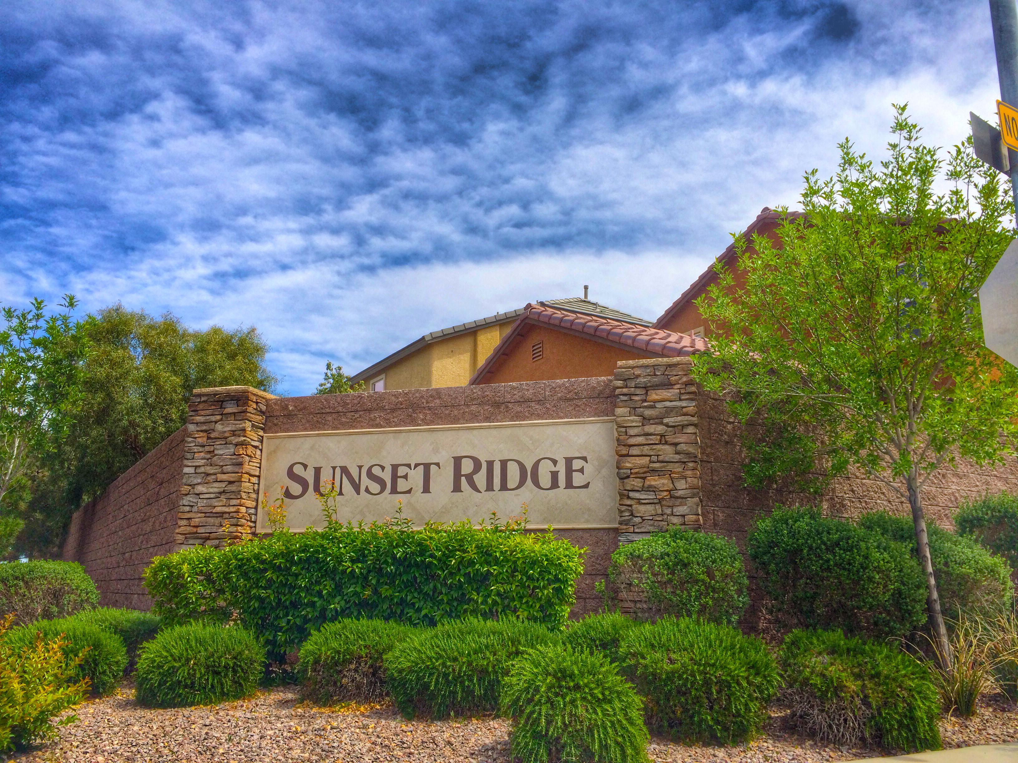 Sunset ridge homes for sale in las vegas for Ridge house